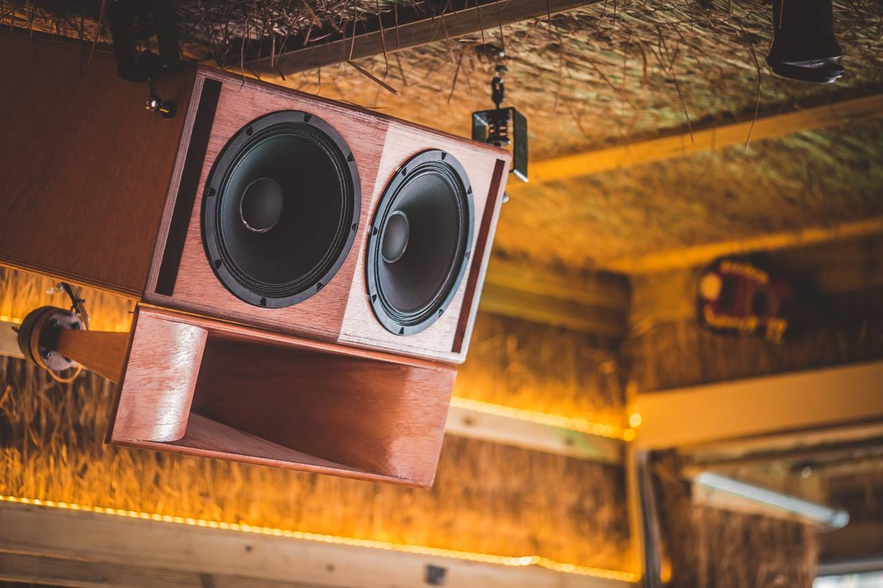 Jbl sound system photos 5 Important Things You Must-Have Before Starting A Photography
